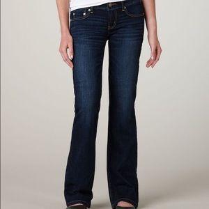 [ American Eagle ] Favorite Boyfriend Jeans Size 8